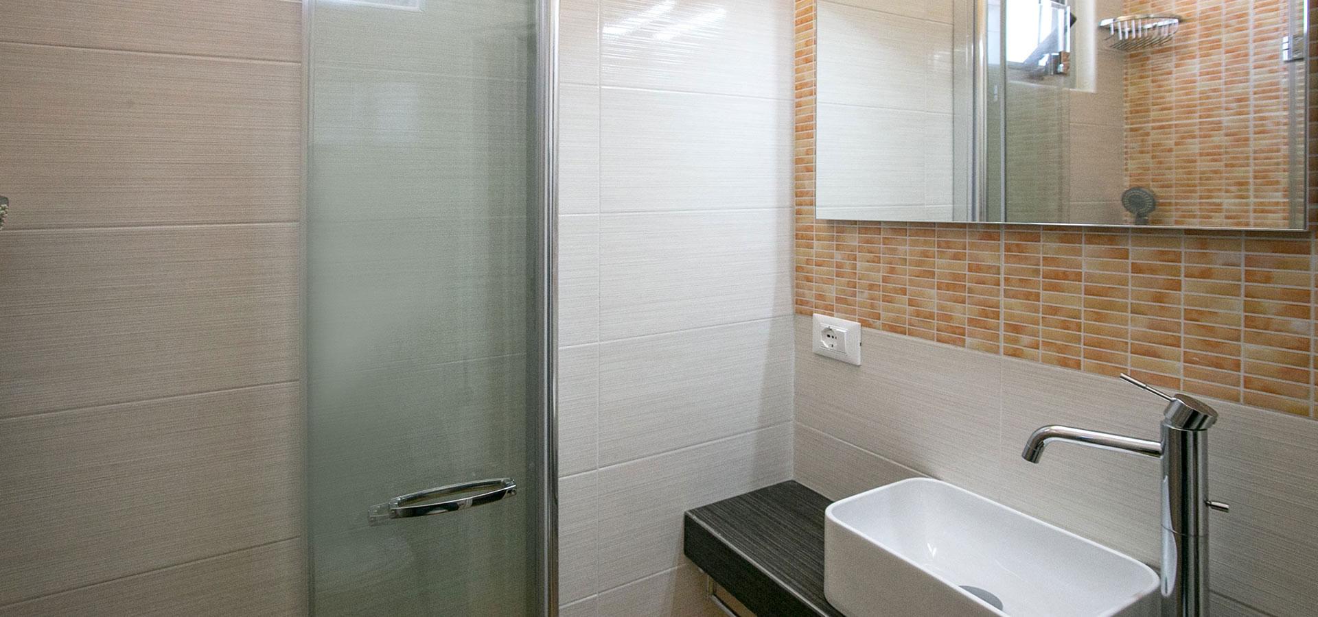 bagni-hotel-litz-ristrutturati-camere